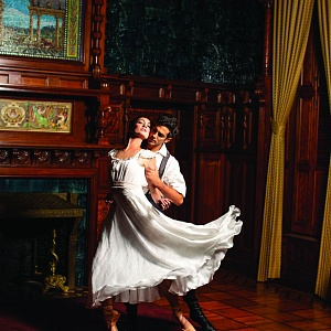 Joffrey Ballet presents world premiere of 'Anna Karenina'